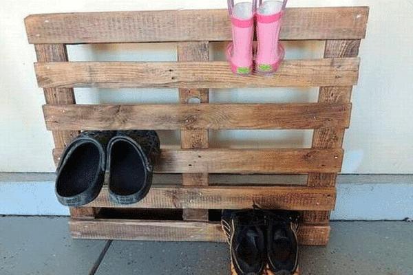 não devemos entrar de sapatos dentro de casa